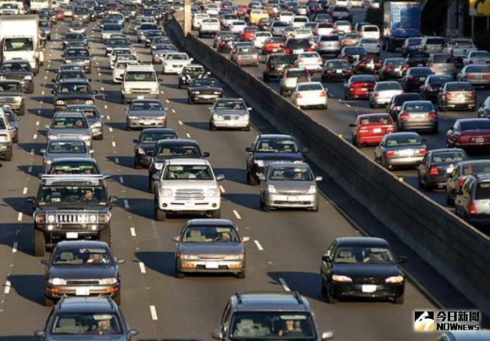 ▲從星座看開車安全,產險業運用大數據解讀2017年車險理賠資料,分析危險與安全駕駛前三名星座。(圖/ NOWnews 資料圖片)