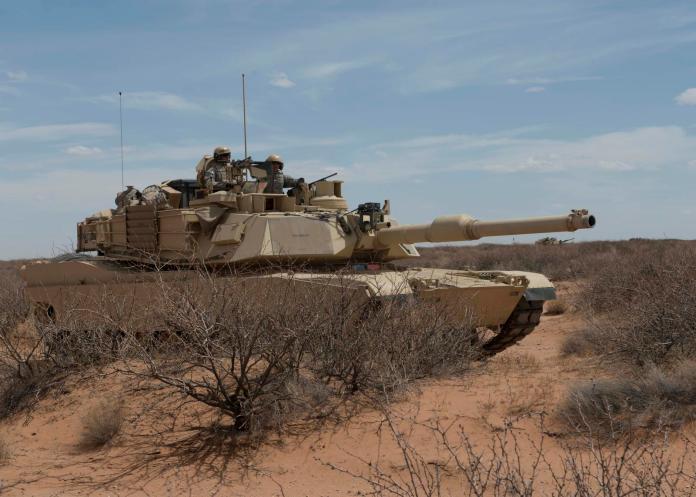 ▲M1A2戰車號稱地表最強,我國可望採購 100 輛補足地面軍力。(圖/美國陸軍)