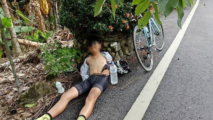 單車小弟熱暈路倒 黑貓司機「解衣送冰水」暖舉網讚翻