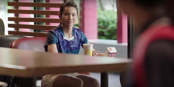▲速食業者在亞運前就找上戴資穎拍攝電視形象與商品廣告(圖/摘自YOUTUBE麥當勞廣告)
