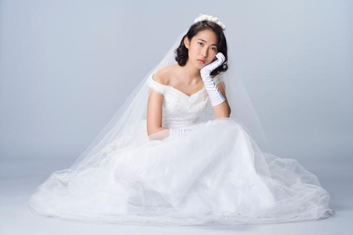 王若琳歌曲〈Sabrina Don't Get Married Again!〉由高中同學掌鏡拍攝MV。(圖/索尼音樂提供 ,2018.09.05)