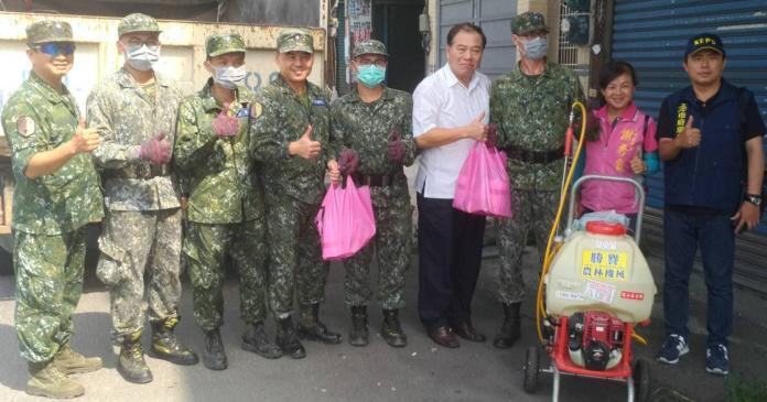各里災後清理工作 鳳山區公所與軍方協助