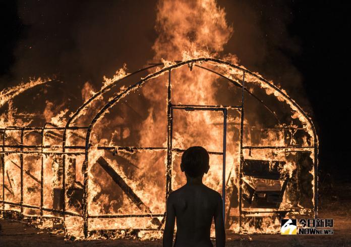 《燃燒烈愛》改編自村上春樹小說《燒穀倉》。(圖/華聯國際)