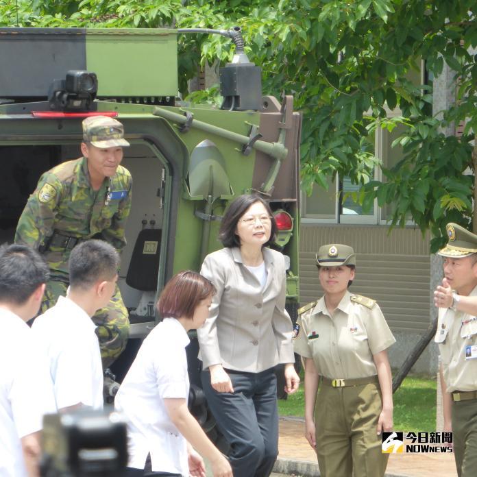 今年政軍兵推未安排蔡英文總統搭乘雲豹甲車
