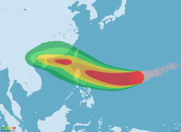 <br> ▲山竹颱風七級風暴風圈侵襲機率圖(圖/中央氣象局)