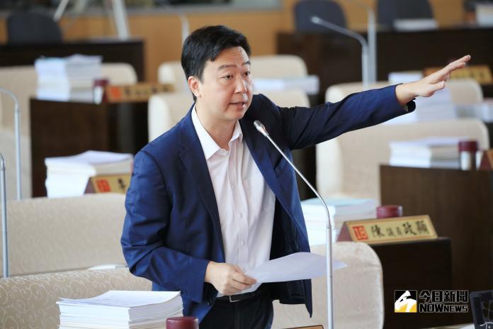 藍營指<b>翠玉白菜</b>展出政治化 綠議員批:瞧不起台中人