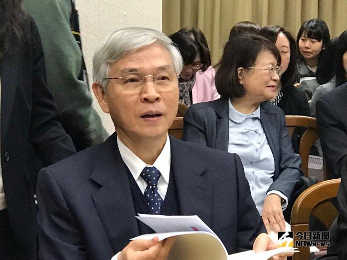 楊金龍首獲「A級」總裁 沒放颱風假坐鎮央行盯匯率