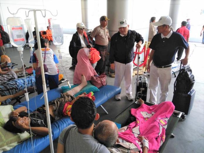 印尼慈濟挺進重災區 台灣毛毯香積飯馳援