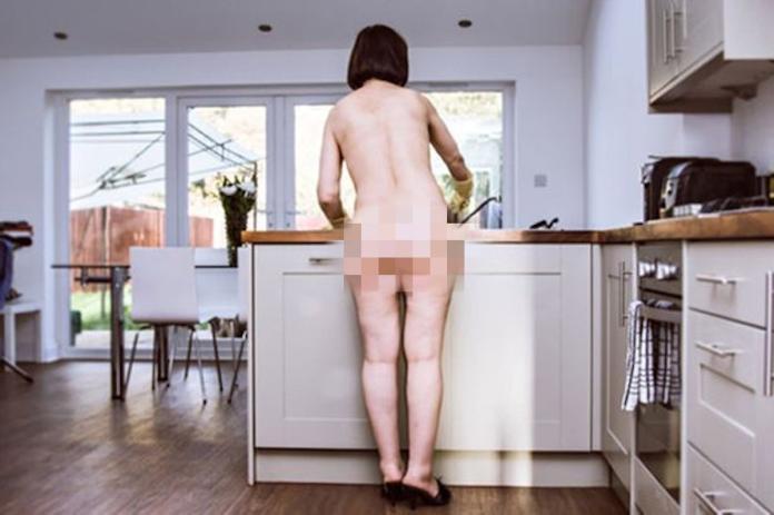 ▲更令成田沒想到的是,當他上樓開門迎接他的居然是一名「裸女」。(圖/翻攝自網路)