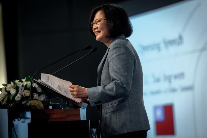 蔡英文總統11日出席玉山論壇開幕式。(圖 / 總統府提供)