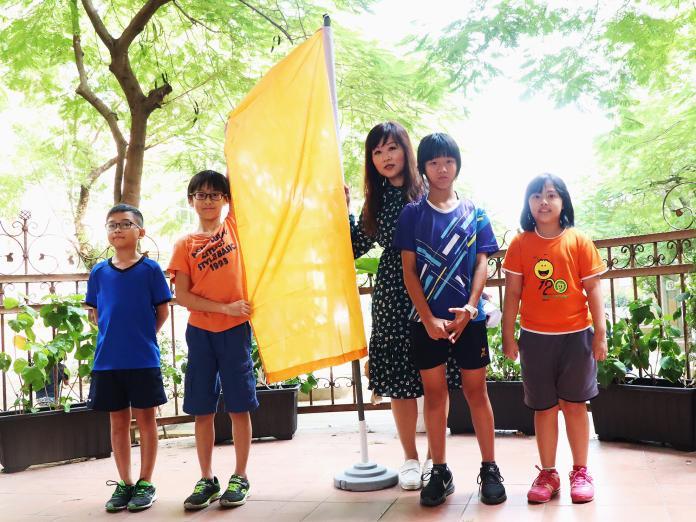 ▲高市學校依空氣品質指標升「空品旗」,調整戶外課程及活動。(圖/高市教育局提供)