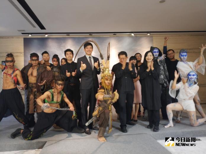 太陽劇團前舞者張逸軍 領軍演出「悟空」超震撼