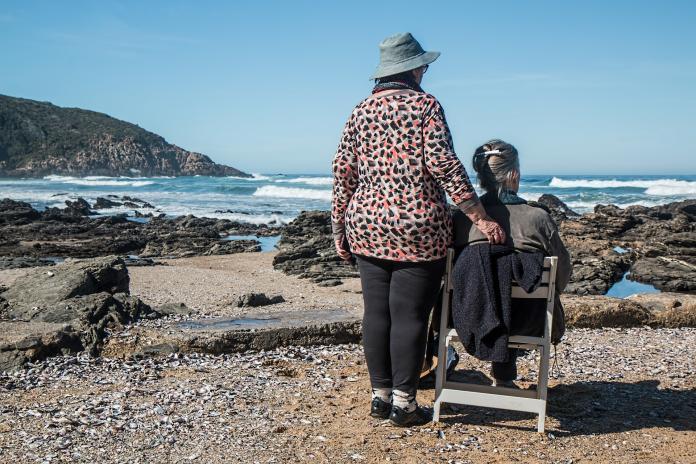 ▲黃耀進表示,失智老人家暴比例相當高,往往是因為照顧者壓力過大出現施虐行為。(圖/擷取自pixabay)
