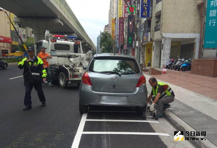 <b>文心路</b>人行道嚴格取締 違停大幅減少