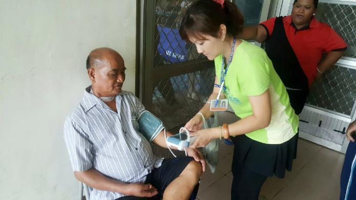▲衛生所護理人員是公共衛生第一線醫療專業人員。(圖/屏東縣政府提供)