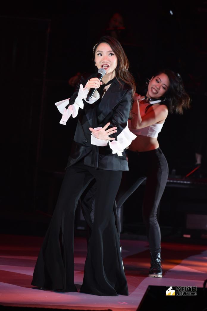 ▲陶晶瑩在現場勁歌熱舞。(圖/記者林柏年攝,2018.11.04)