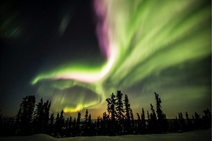 (極光)加拿大黃刀鎮極光