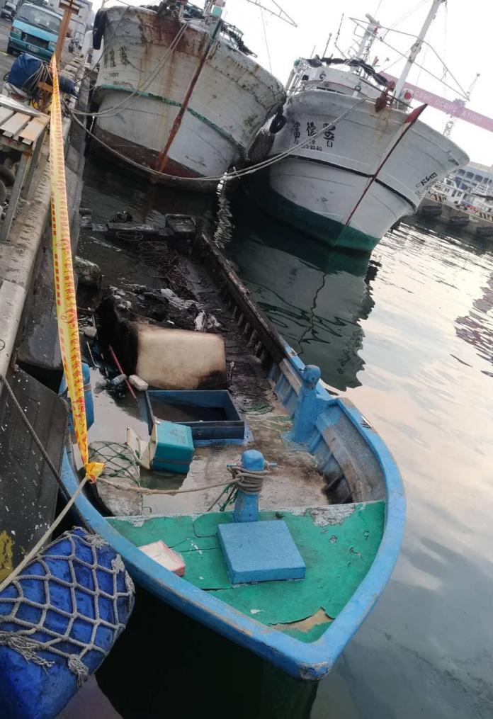 ▲高雄港務警察總隊宣佈偵破小鷹號小艇縱火案。(圖/記者黃守作攝)