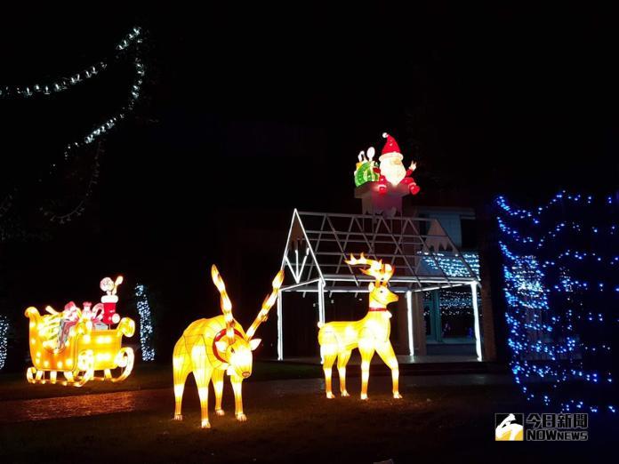 宜蘭縣政府「奇幻耶誕 光環境營造」當中的耶誕老人及麋鹿。