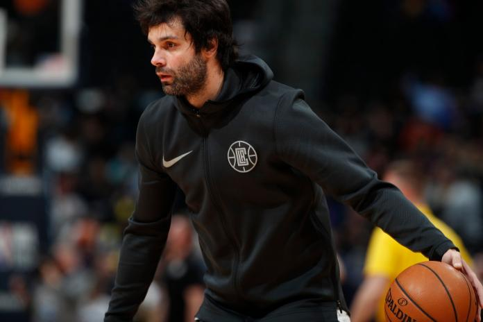 Los Angeles Clippers guard Milos Teodosic (4)