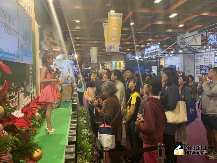 <b>資訊月</b>開展人氣旺 台灣教育科技展最受歡迎