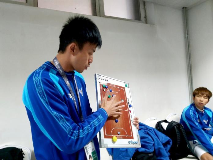 <br> ▲總教練張仟縈中場休息轉換戰術發揮效用。(圖/中華足協提供)