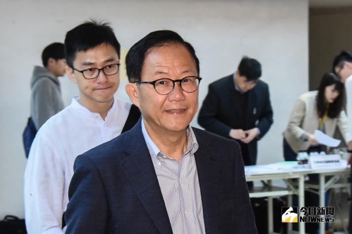 台北市選舉委員會今重啟票匭進行驗票,丁守中一早便到現場關切。(圖/記者陳明安攝,2018.12.03)