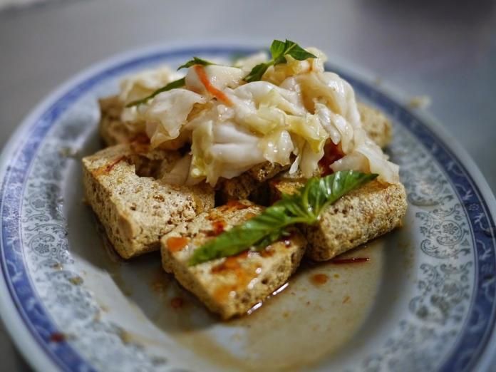 台灣夜市臭豆腐登上BBC 稱台灣為:吃不飽的島嶼