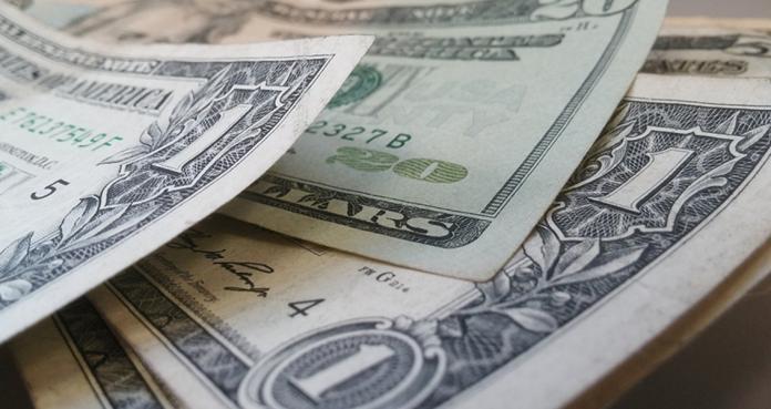 貨幣競貶潮 台幣貶0.8%僅排第三 這2貨幣貶更凶逾1%