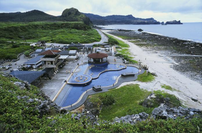「小琉球vs綠島」怎麼選?台人答案秒出爐:渡假感滿分啊