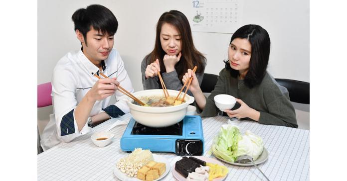 麻辣鍋、薑母鴨油膩熱量高 以濃茶解膩真有其事!