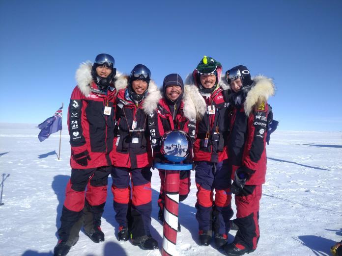 台灣首支南極長征隊成功抵達南極點