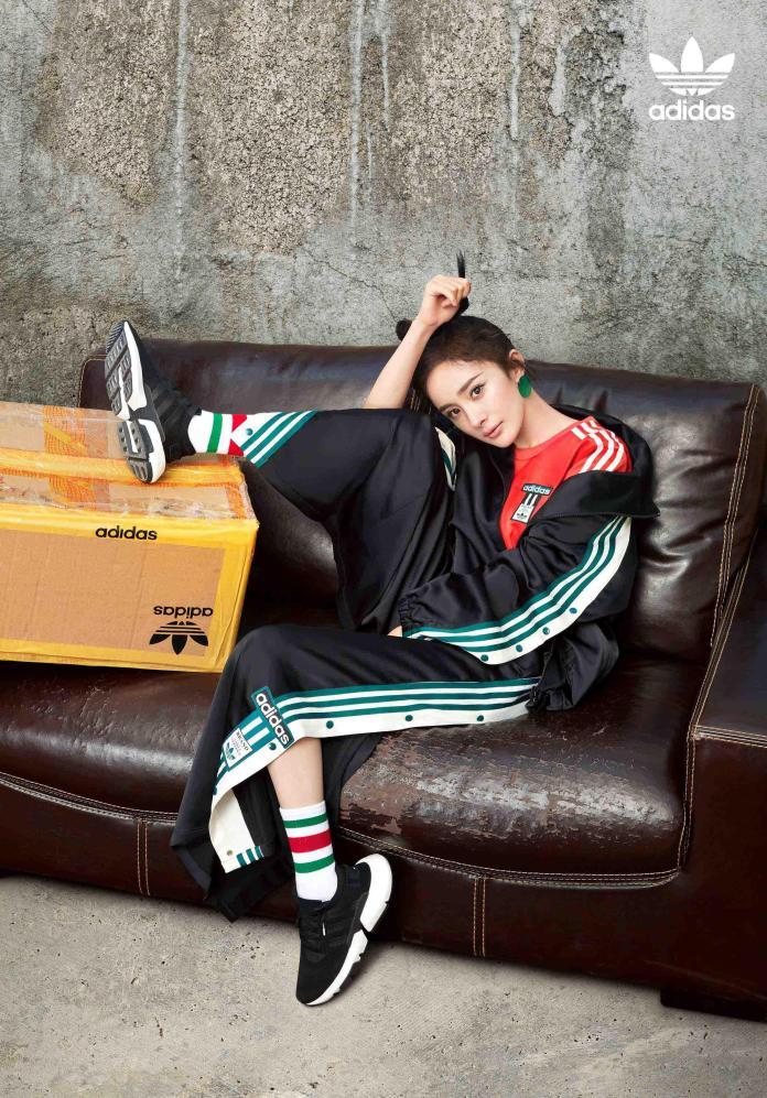 <br> adidas Originals 邀請時尚女王楊冪個性示範 P.O.D System 全新鞋款。圖@adidas Originals