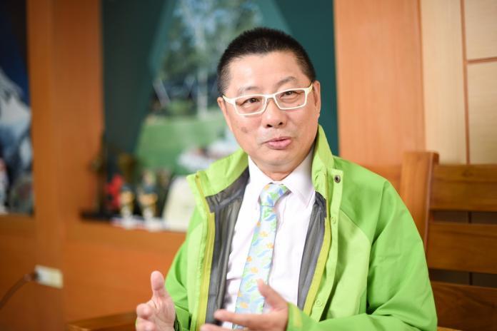 ▲歐都納董事長程鯤暢談冒險精神,認為台灣年輕人並不缺創意,鼓勵他們勇於挑戰生活、職場上的冒險,成功率有60%就可以去試。(圖/記者陳明安攝)