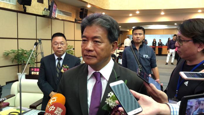 郭信良表示,為民進黨奮鬥多年,如今是黨拋棄他