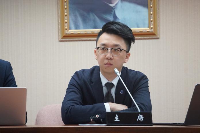影/駁斥政院指控 普悠瑪事故司機無法接受人為超速認定