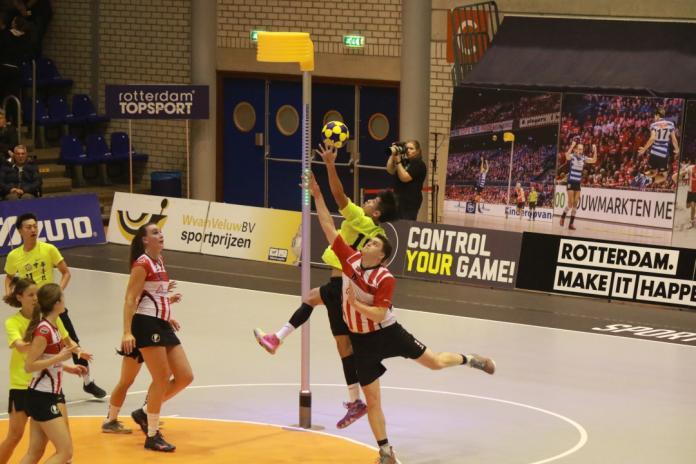 2018荷蘭挑戰盃合球賽中華出戰Fortuna Delta Logistics黃子堯無視荷蘭巨人存在完成籃板球回收