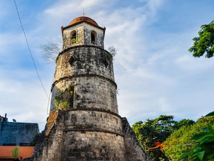 <br> 杜馬蓋地知名的舊鐘樓地標。