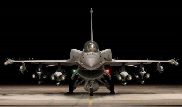 ▲F-16V為美國生產的F-16戰機系列的最新型,除升級舊有F-16機隊外,許多國家也向美國申購這型戰機。(圖/Lockheed Martin)