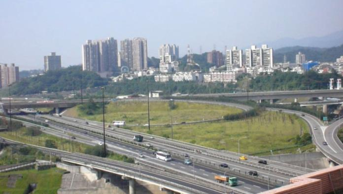 初三國道交通量恐達高峰 小心11處塞車地雷路段