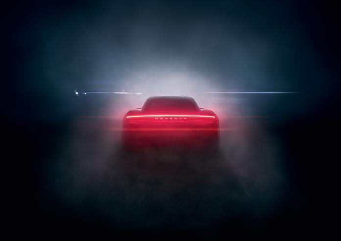 電車魅力夯 300多人搶購Porsche純電跑車