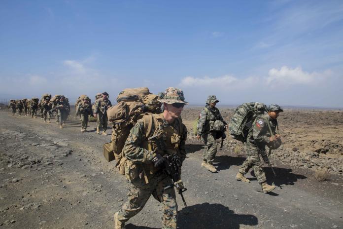 ROK and U.S. Marines hike on Island of Hawaii during RIMPAC