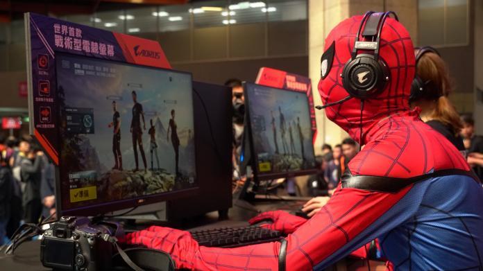 電玩展最夯的電腦是哪家 來看看這台最強的電腦