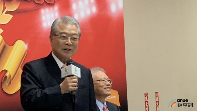 ▲ 許勝雄表示,為了獎勵生育,「66專案」8年發出超過2億元的紅包。(鉅亨網記者林宥辰攝)