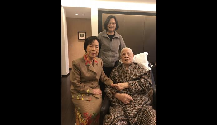 不捨李登輝辭世 蔡英文:是他帶台灣走過寧靜革命