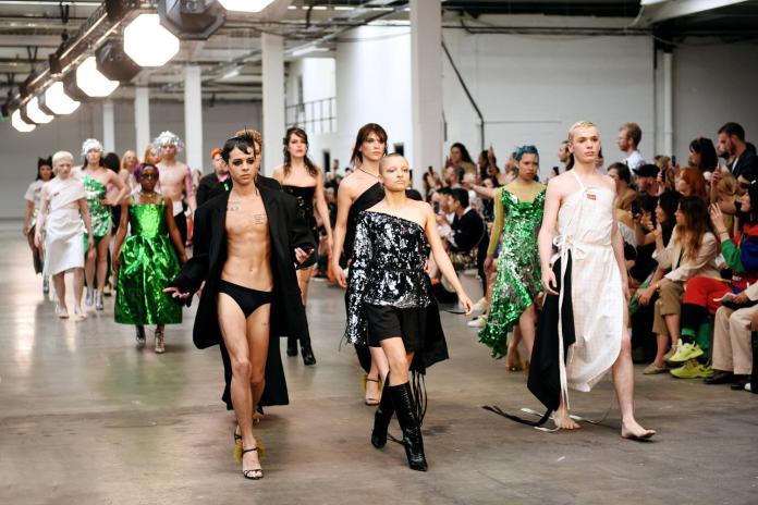 倫敦時裝週 今年將可買票入場看秀