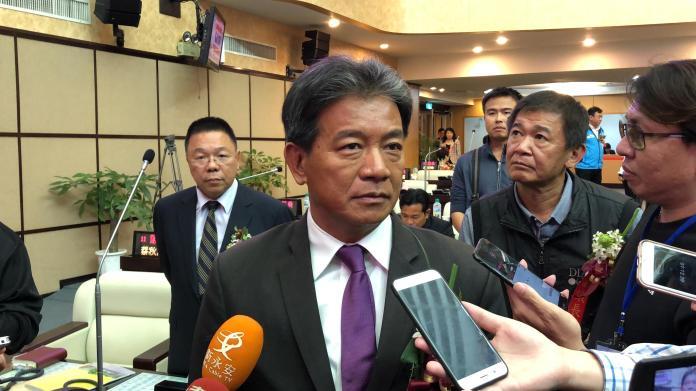 台南市議長郭信良13日遭民進黨中評會開除黨籍