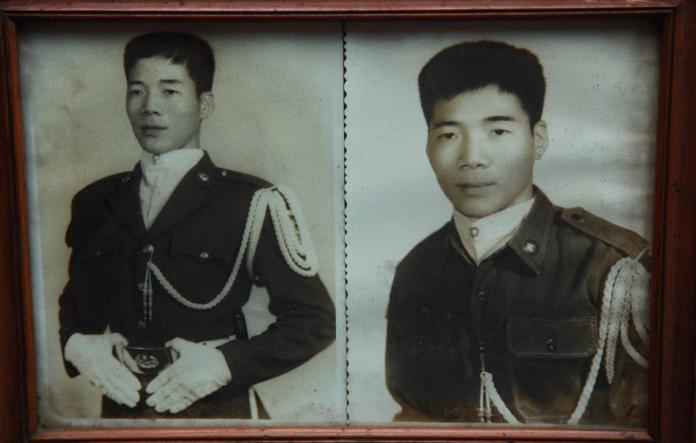 <br> ▲廖老先生早年在高雄當兵,在儀隊服役的照片。(圖/記者李春台攝, 2019.02.13)