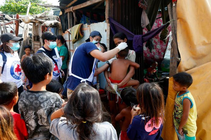 菲律賓麻疹疫情失控,當局呼籲父母儘快帶家中小孩施打疫苗。(圖/美聯社/達志影像)