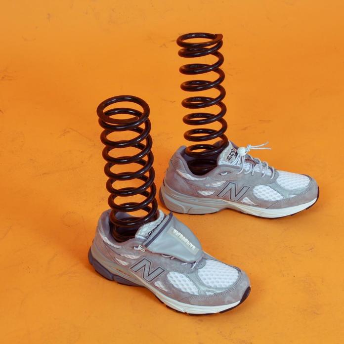 <br> New Balance與包袋品牌Ultraolive推出的聯名鞋款Ultra990。圖@Ultraolive臉書